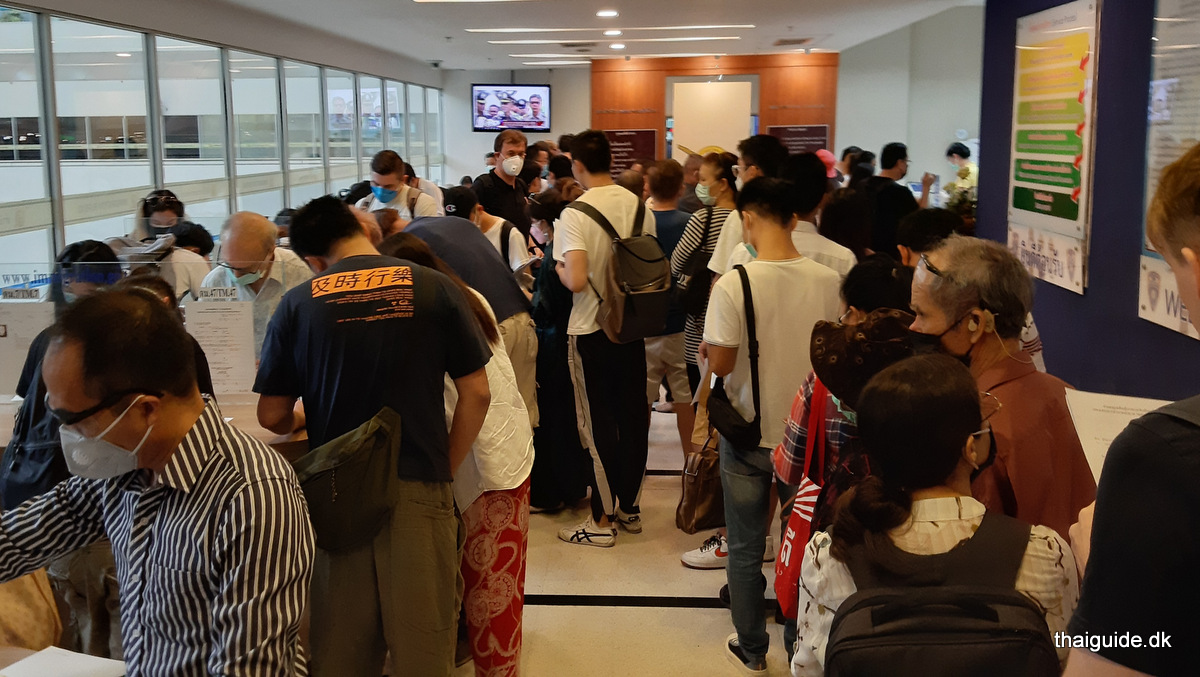 www.thaiguide.dk/images/forum/Distance-immigrationskontor-bangkok.jpg