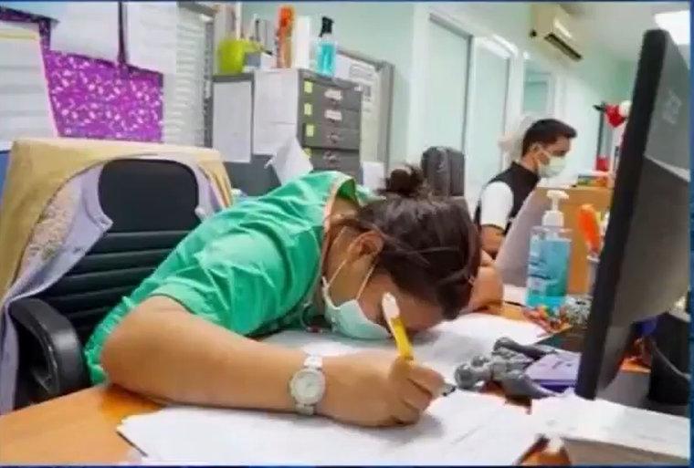 www.thaiguide.dk/images/forum/covid19/sundhedspersonale%20traette%205-1.jpg