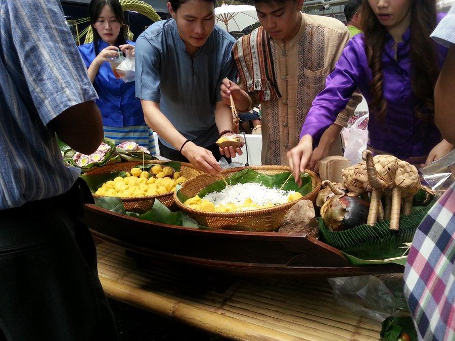 www.thaiguide.dk/images/forum/hua-lamphong/hua-lamphong-100-years-8.jpg