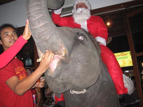 www.thaiguide.dk/images/jul/jul16.jpg